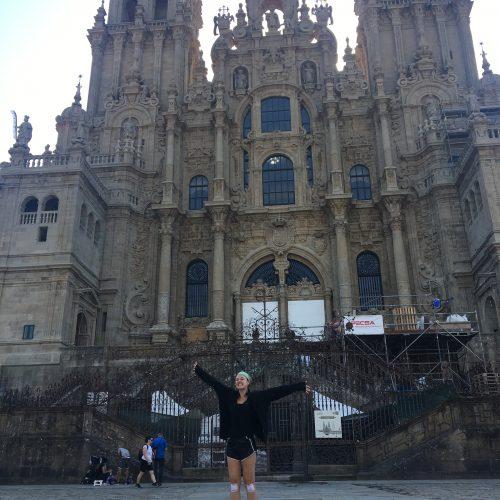 Estella Brenneman ´20 in front of Santiago de Compostela Cathedral